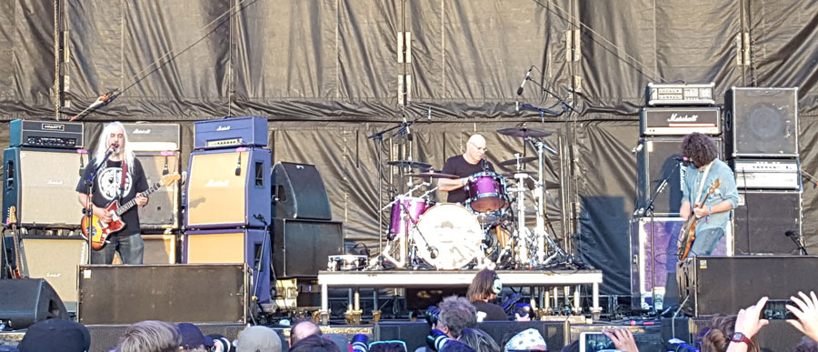 Dinosaur Jr at Riot Fest 2017 in Chicago