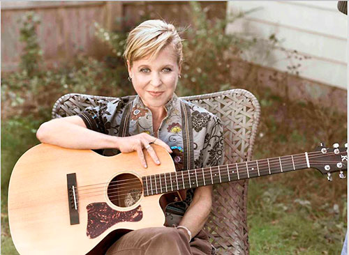 Kristin Hersh announces new album 'Possible Dust Clouds'